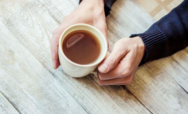 Kofeiini ei olekaan syy kahvin nauttimisen aiheuttamaan vessahätään.