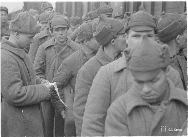 Sotavankien vaihto huhtikuussa 1940.