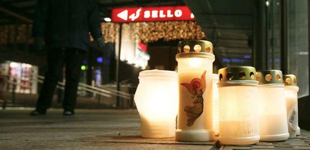 Shkupolli surmasi ensin ex-naisystävänsä ja sitten neljä ihmistä kauppakeskus Sellossa.