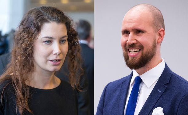 Muutamat piirijohtajat pitävät Emma Karia ennakkosuosikkina. Touko Aalto ilmoittautui mukaan puheenjohtajakisaan lauantaina.