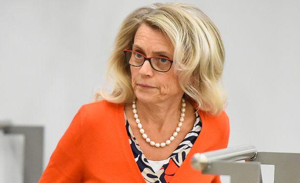 Päivi Räsänen on keskustellut Teuvo Hakkaraisen kanssa viime päivinä tapahtumista.