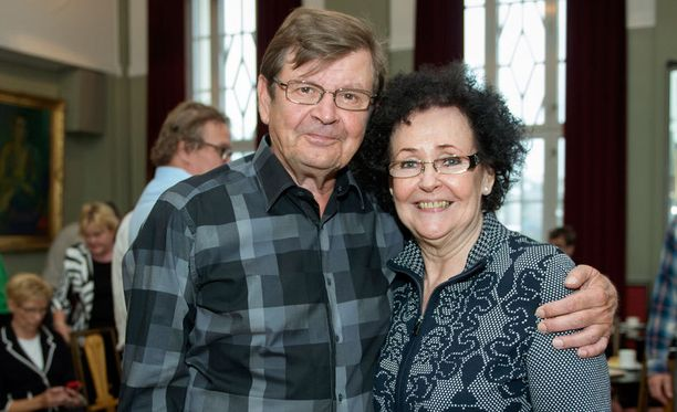 Heikki Kinnunen ja hänen pitkäaikainen kollegansa Tuija Vuolle.