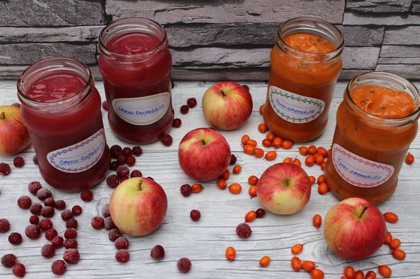 Omenahillot kuuluvat syksyiseen ruokaintoilijan keittiöön.