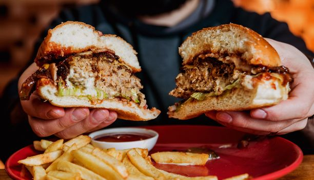 Tutkimuksen mukaan puolukalla näyttää olevan runsasrasvaisen ruokavalion vaikutuksia lieventävä vaikutus.