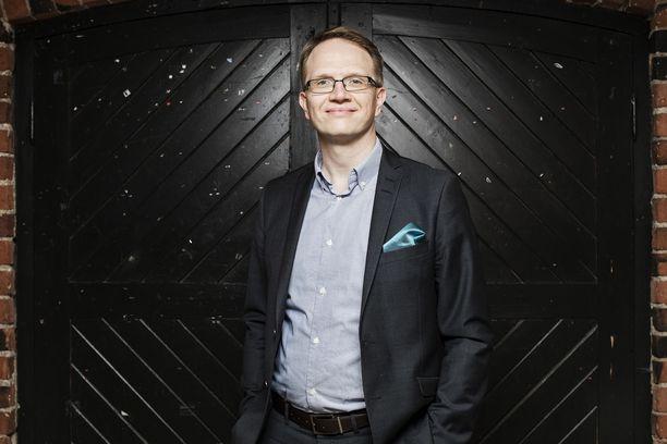 Timo Vesala siirtyi 2017 LähiTapiolasta Säästöpankkiryhmän uudeksi pääekonomistiksi.