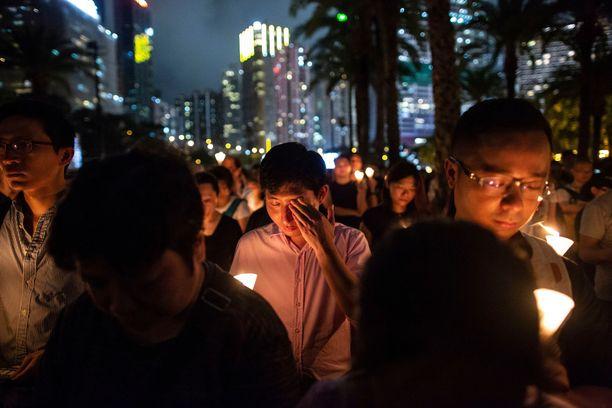 Hongkonglaiset ovat kantaneet huolta, ettei Taivaallisen rauhan aukion verilöyly painuisi unholaan.