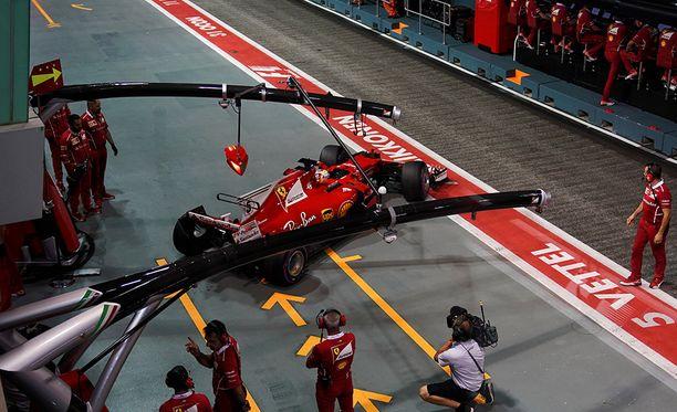 Sebastian Vettel ajoi äärirajoilla.