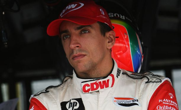 Justin Wilson ajoi F1-sarjaa kaudella 2003 Minardilla ja Jaguarilla.