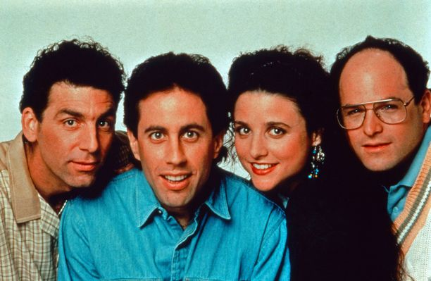 Michael Richards, Jerry Seinfeld, Julia Louis-Dreyfus ja Jason Alexander vuonna 1990. promokuvassa