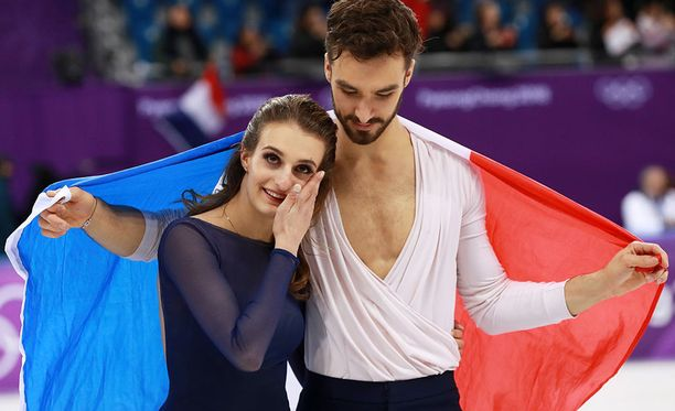 Gabriella Papadakis liikuttui tiistain onnistuneen vapaaohjelman jälkeen.