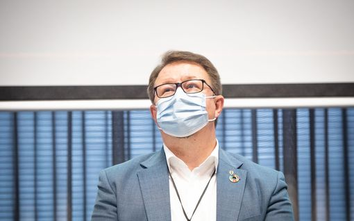 """Suomeen mietitään nyt kolmatta rokoteannosta – THL:n Mika Salminen: """"Hyvin lähelle normaalia päästään varmaan aika nopeasti"""""""