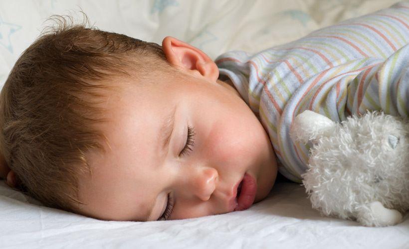 Vauva Itkee Unissaan