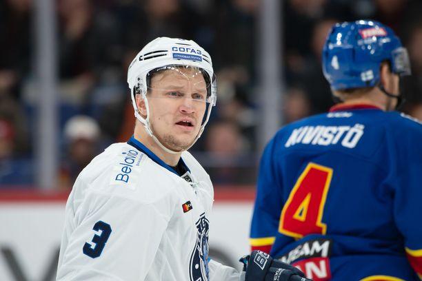 Teemu Pulkkinen on koko KHL:n maalipörssissä toisena.