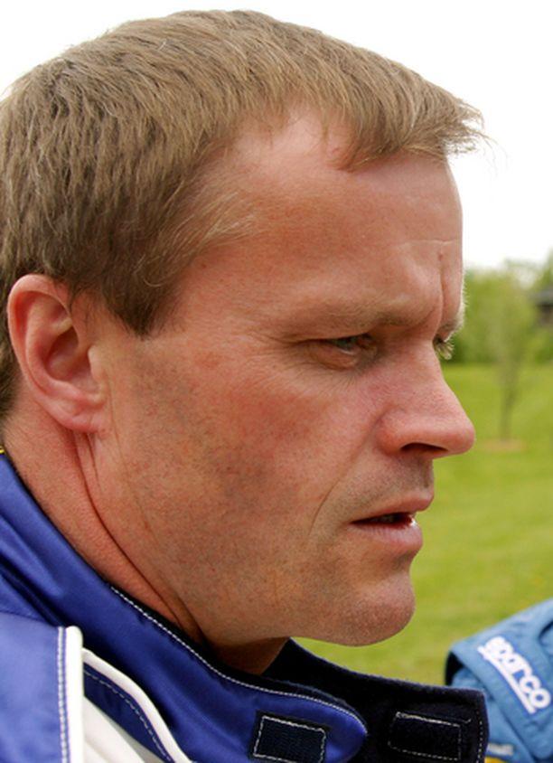 Tommi Mäkinen järkyttyi ystävänsä poismenosta.
