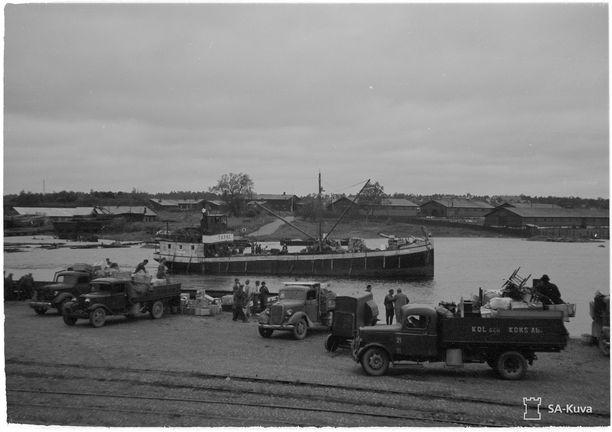 Viipuria evakuoidaan neuvostohyökkäyksen alta 18. kesäkuuta 1944.
