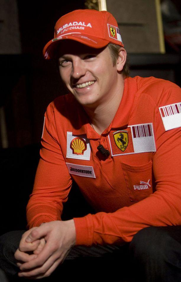 Kimi Räikkönen ei murehdi menneitä.