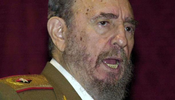Fidel Castron kunnosta on liikkunut mitä villeimpiä huhuja. Nyt mies on esiintynyt julkisuudessa.