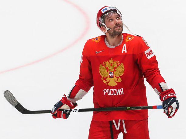 Aleksandr Ovetshkin murjoi Oliwer Kaskea kunnolla.