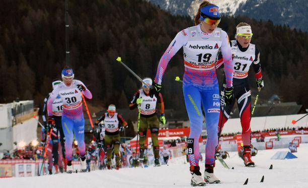 Laura Monosta otti pannuun sunnuntain hiihto Sveitsin Alpeilla.