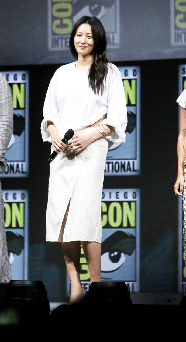 Kuvassa näyttelijä Claudia Kim.