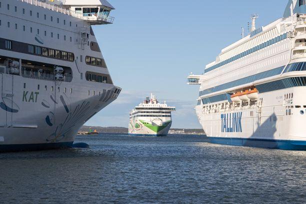 Työmatkaliikenne Viron ja Suomen välillä avautuu huomenna torstaina.