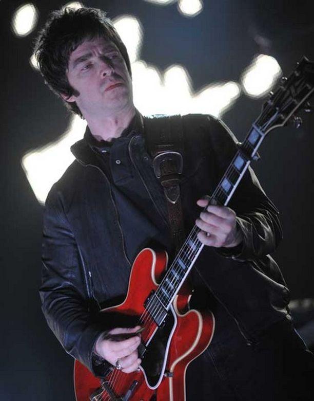 Noel (yllä) ja Liam Gallagher ovat tunnettuja riitaisasta suhteestaan.