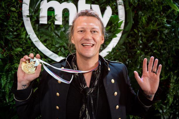 Jukka Hildénin matkaan tarttui Leijonian kultajuhlista pelaajan mitali.