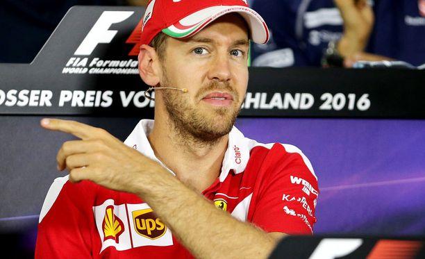 Sebastian Vettel antoi kärkeviä kommentteja F1:n tuoreesta ratkaisusta.