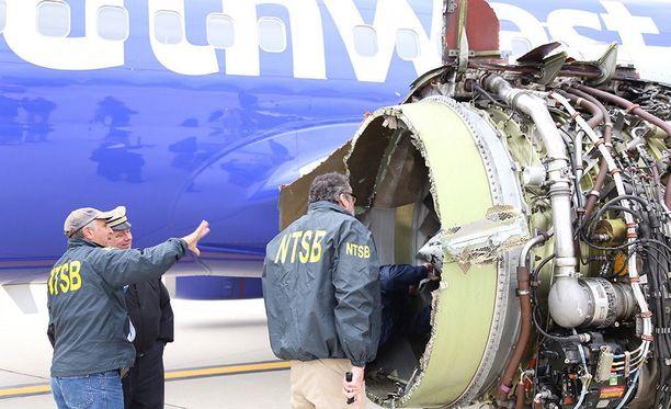 Tältä koneen moottori näytti onnettomuuden jälkeen.