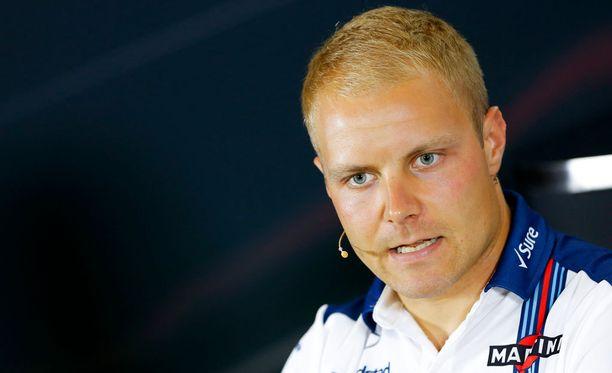 Valtteri Bottas ei liikahda ilmaiseksi Williamsilta.