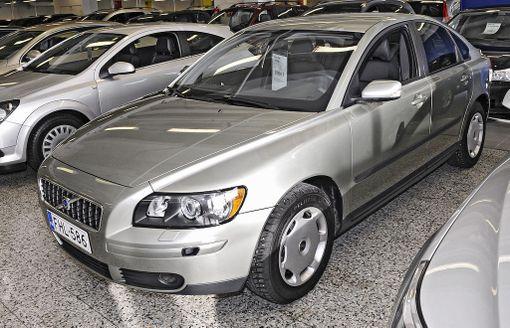 Auto ostetaan usein rahoituksella ja moni haluaa lyhentää lainaa sovittua nopeammin.