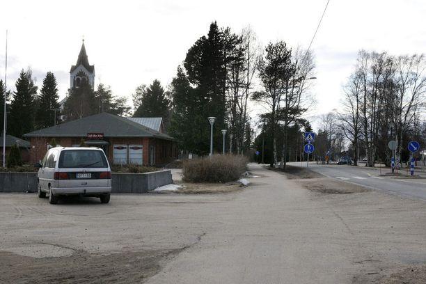 Lumijoki nousi Suomen onnekkaimmaksi lottokunnaksi keväällä 2010, kun kymmenen henkilön porukka voitti 2,2 miljoonaa euroa.