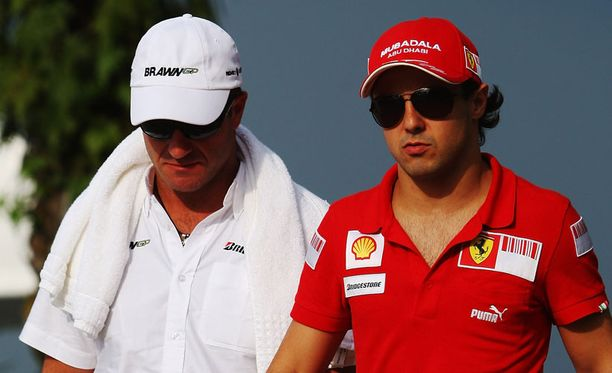 Felipe Massan (oik.) mielestä Rubens Barrichellon olisi syytä jo lopettaa.