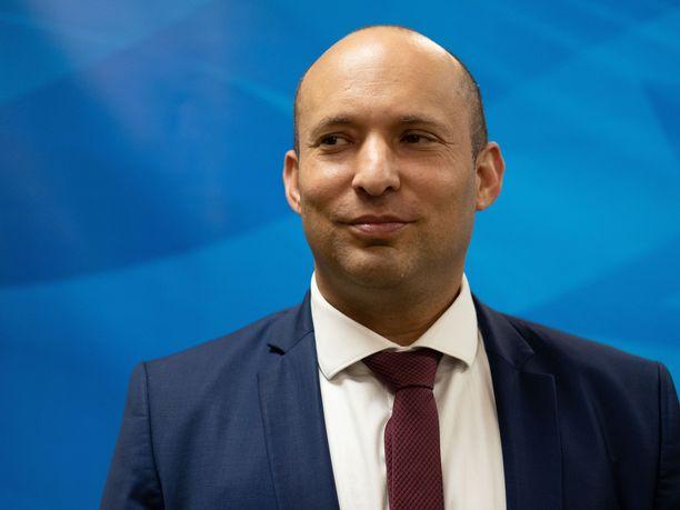 Israelin puolustusministeri Naftali Bennett (kuvassa) kertoo ministeriön lausunnossa läpimurrosta koronaviruksen vasta-aineen kehittämiseksi.
