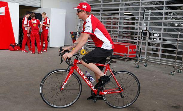 Kimi Räikkönen starttaa Meksikon kisaan ruudusta 19.