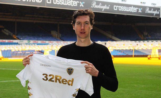 Aapo Halme pelannee ensi viikolla ensimmäisen kerran Leedsissä.
