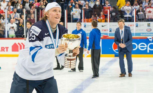 Jukka Jalonen valmensi Patrik Lainetta viime kaudella nuorten maajoukkueessa.