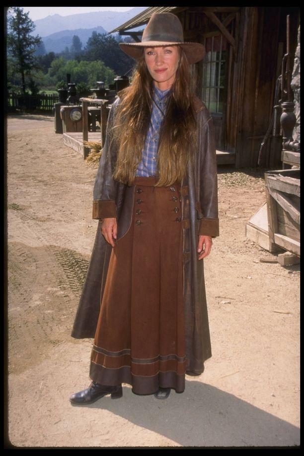 Jane Seymour näytteli lääkäriä Tohtori tuli kaupunkiin -sarjassa.