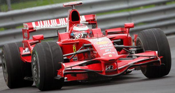 Kimi Räikkönen lupaa taistella Montrealissa paalupaikasta.