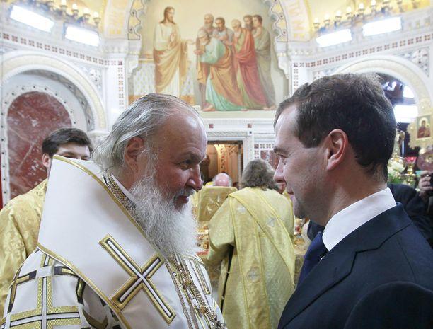 Venäjän presidentti Dmitri Medvedev keskusteli patriarkka Kirillin kanssa.