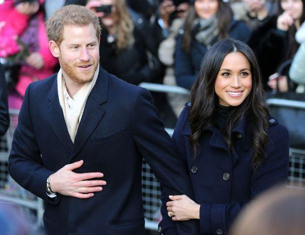 Prinssi Harry kosi Meghan Marklea marraskuussa 2017. Pariskunta tapasi toisensa keväällä 2016.