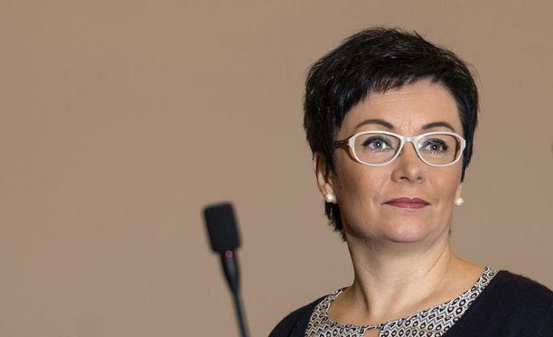 """Viime syyskuussa keskustan kuntapoliitikko Riika Moilanen möläytti Oulun kaupunginvaltuustossa käyttämässään puheenvuorossa vähäosaisia """"ihmisroskaksi"""". Seuraavana päivänä lähti työpaikka."""