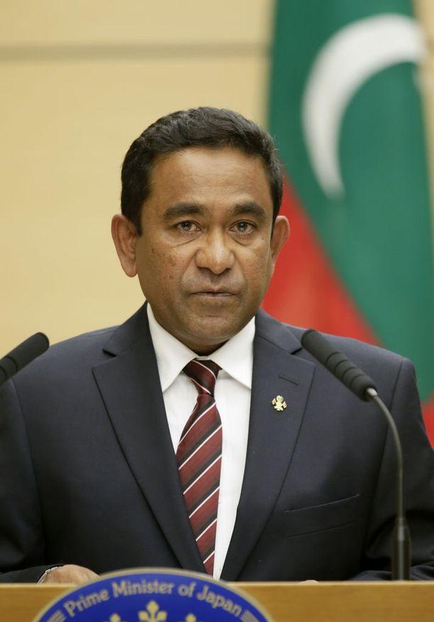 Presidentti Abdulla Yameenin valta vaikuttaa murenevan.