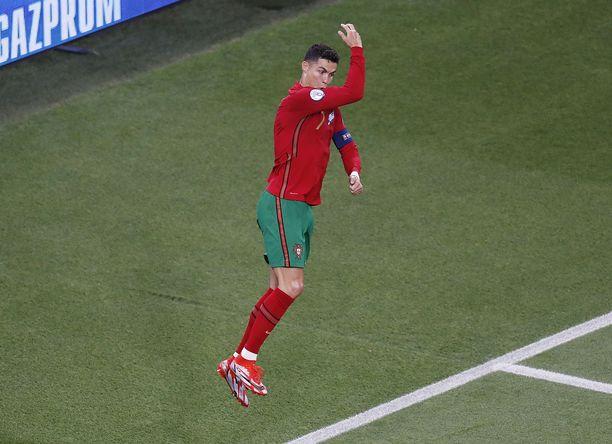 Vastustajat ovat nähneet Ronaldon patenttituuletuksen usein.