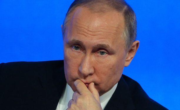 Vladimir Putin esitti osanottonsa uhrien omaisille.