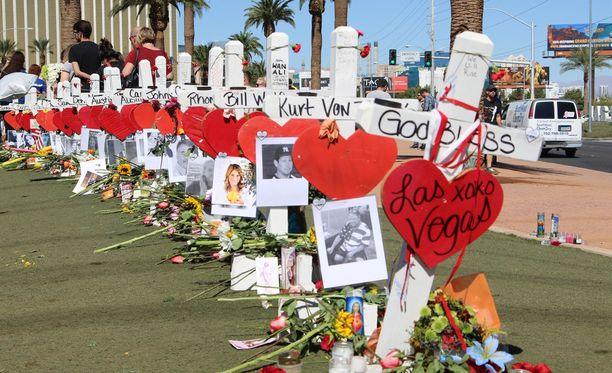 Las Vegasin joukkomurhassa sai surmansa 58 ihmistä ja yli 400 loukkaantui.