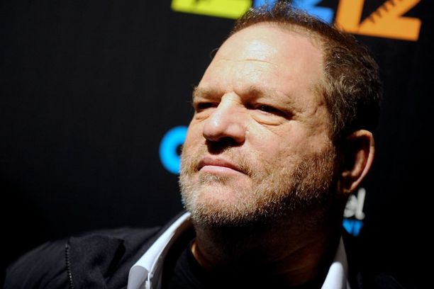 Lukuisat naisnäyttelijät ovat syyttäneet tuottaja Harvey Weinsteinia ahdistelusta.