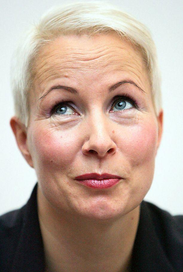 – Minulla ei ole minkään puolueen jäsenkirjaa, toimitusjohtaja Suvi-Anne Siimes kertoo.