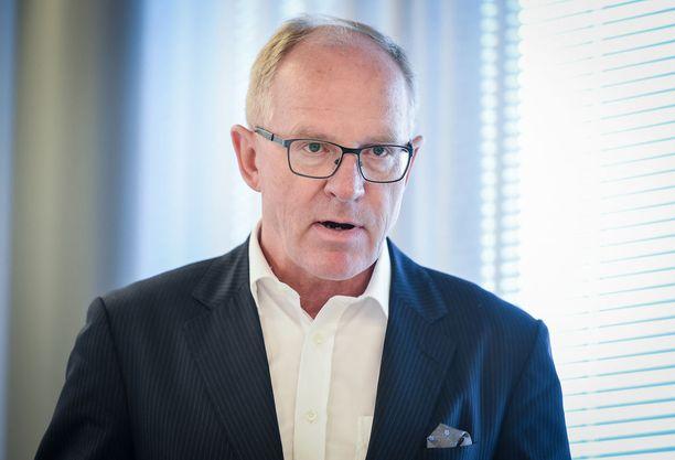 Finnairin toimitusjohtaja Pekka Vauramon lisäeläke on herättänyt voimakasta keskustelua.