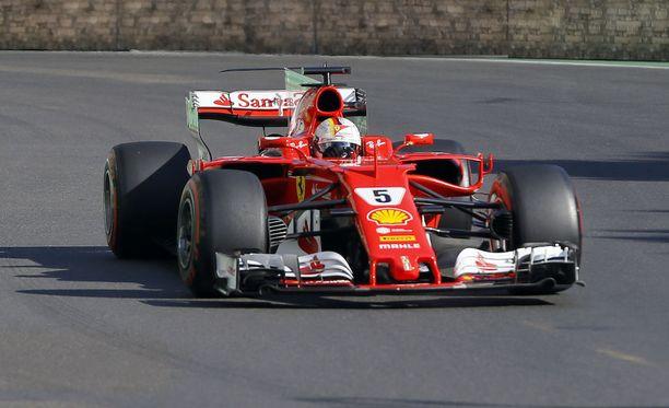 Sebastian Vettel sai 12 MM-pistettä, vaikka hänet olisi pitänyt diskata koko kisasta.